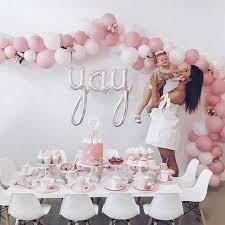 balloon dessert table