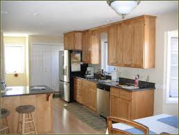 kitchen wall colors with maple cabinets. Kitc Cute Kitchen Wall Colors With Maple Cabinets Unavocecr L