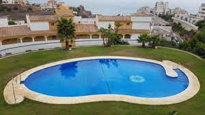 Amplio Apartamento de 2 dormitorios Hotel, Benalmádena - overview