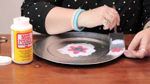 How to Decorate a Plate With Mod Podge : Fun Crafts & Decorations - YouTube