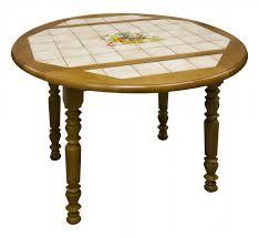 Table Ronde Carrelée à Volets