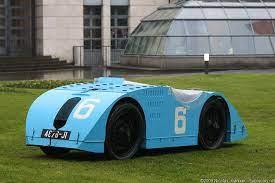 Many of bugatti's design features show more originality than essential logic. Bugatti Type 32 Tank