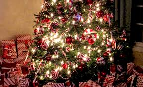 18 DIY Candy Cane Christmas Tree Ideas   Guide Patterns
