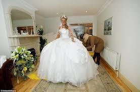 bride designs her own 6 000 dress at the big fat gypsy wedding