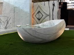 marble bathtub ovum