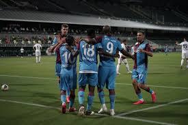 Trabzonspor - Denizli deplasmanında Ekuban'la gelen ilk...