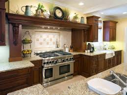 italian style kitchen decor accessories ideas