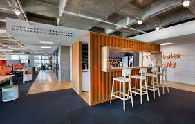 outside the box office. Thinking Box Office. Bakirkure Architects · Exploring And Outside The Box: Ing Bank Office I