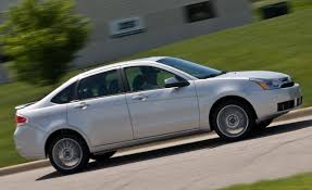 2009 Ford Focus SES Sedan Road Test | Review | Car and Driver