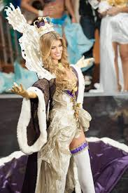 artemis girls costume. amy willerton in miss universe 2013 artemis girls costume