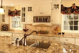 French Country Kitchen Island traditional-kitchen
