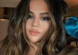 Selena Gomez Charts Selena Gomez Is Number One On The Charts Teodor Magazine