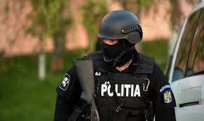 Polițiștii din Onești, prinși cu minciuna. Detalii șocante din anchetă: ce aveau în buzunar, de fapt - IMPACT
