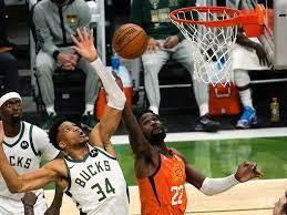NBA-Finals ausgeglichen: Bucks gewinnen gegen Suns, Basketball - Newsticker  - sportschau.de