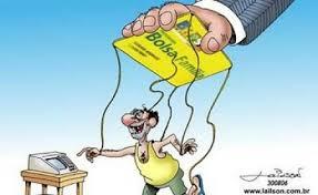 Resultado de imagem para charge de eleitor corrompido em direçaõ