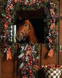 Would love to have a horse and barn to decorate like this for Christmas.