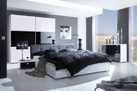 Black And White Modern Bedroom Decor Collection
