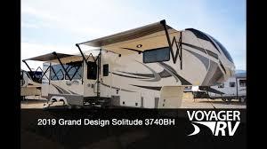 Grand Design Solitude For Sale 2019 Grand Design Solitude 3740bh 5th Wheel Rv Video Tour Voyager Rv Centre