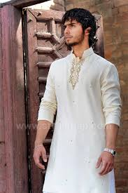 Designer Kurta For Groom Latest Men Mehndi Dresses Kurta Shalwar Kameez Designs 2020 2021