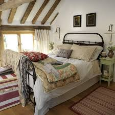 Turning The Attic Into A Bedroom 40 Ideas For A Cozy Look Cool Designs For Bedroom Decor Plans