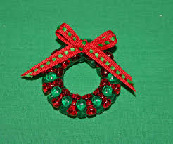 Easy Christmas Crafts Funezcrafts Beaded Christmas Wreath