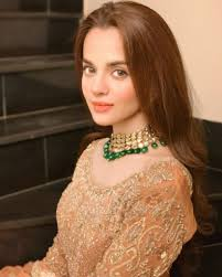 Brunette models needed for a hairstylists shoot. Qurbatain Cast In Real Life 24 7 News What Is Happening Around Us