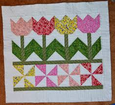 Inspired by Fabric: Tutorial: Tulip Time Wall Hanging & Sew 3-1/2