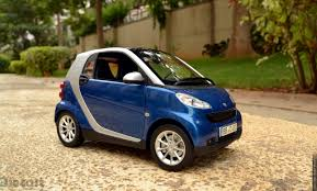 Minichamps 2007 Smart ForTwo Coupe – Diecast Car Review – xDiecast