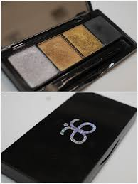 they are so perfect for the holiday season and there are so many diffe looks that you could create with this palette the textures are gorgeous soft