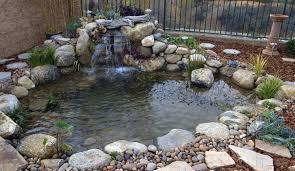 Cascate Da Giardino In Pietra Prezzi : Piccola cascata con ciottoli in giardino come costruirla
