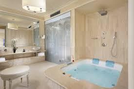 pool bathroom. Pool Suite Bathroom