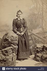 pioneer woman clothing 1800. vintage 1800\u0027s portrait photo of a young girl dressed in period style clothing. the photograph pioneer woman clothing 1800