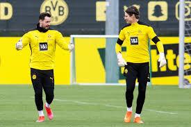 As for the racism, hurtful but not surprising. Bvb Wo Braucht Borussia Dortmund Verstarkung Wer Steht Vor Dem Absprung Tag24