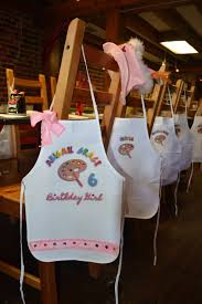 art party painting pottery birthday party personalized white tie up a smock with palette adorned with