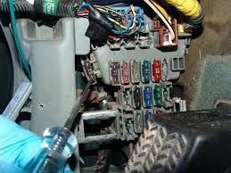 sparky's answers 1999 chevrolet tahoe, ecm 1 fuse blows page 2002 Chevy Tahoe Fuse Box Location 1996 honda accord, fuse location for turn signals 2002 chevy tahoe fuse box diagram
