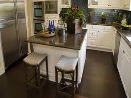 How To Clean Laminate Wood Floors In Kitchen
