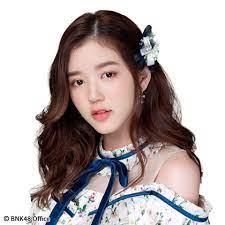จูเน่ BNK48 เจอดราม่าแฟนคลับโพสต์โวยไม่ใส่ใจกับงานจับมือจนเสียความรู้สึก