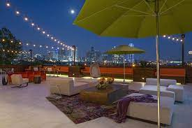 the best rooftop bar patios in dallas