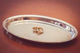 wedding jewellery a brief history of wedding bands Wedding Jewellery History wedding jewellery a brief history of wedding bands rings on a tray Beautiful Jewellery
