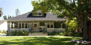 craftsman homes take particular paint colors understanding color in design is essential when choosing a paint