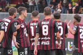 Derby pari tra Foggia Calcio e Taranto, ma lo Zaccheria applaude i ragazzi  di Zeman