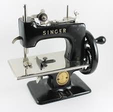 Singer Toy Sewing Machine