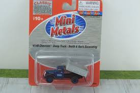 HO '41/46 Smith & Sons Excavating Chevy Dump Truck Classic Metal ...