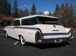 Pretty in Pink: 1960 Mercury Commuter | Station Wagon Finder