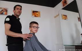 Coiffure Le Barbier Est Même Ouvert Le Dimanche