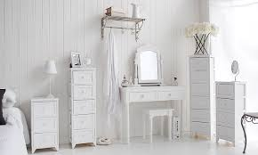 White bedroom furniture Queen Richmond White Bedroom Furniture 45379 ...