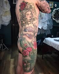 мужская татуировка русалка пример фото на боку метла тату