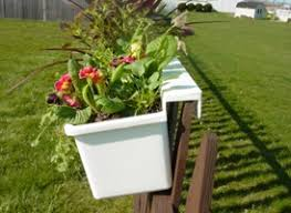 Hanging planter for fence - hanging planters that hang on any type of fence  - chain