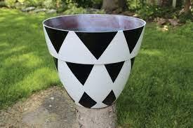 white flower pots planters