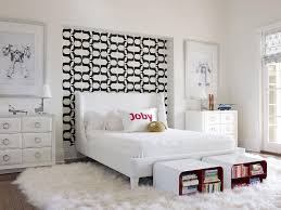 Black and White Wallpaper on Headboard Wall Nook
